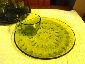 Green Glass Snack Set