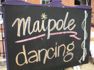 Hermann Missouri Maifest dancing