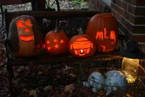 Mason Jar & Pumpkins Aglow