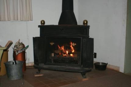 stove-at-rico-cabin