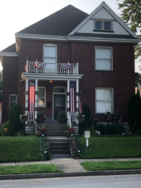 6th Street House Decked For The 4th of July