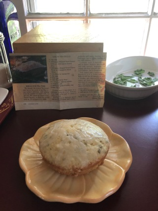 lemon-herb-tea-bread